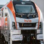 Ausgezeichnet mit dem Innovationspreis des Privatbahn Magazins 2018/2019: Die EURODUAL Lok von Stadler und HVLE. Foto: HVLE