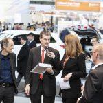 Prof. Dr. Uwe Höft (Herausgeber Privatbahn Magazin), Ralf Turge (Bundesministerium für Verkehr und digitale Infrastruktur), Moderatorin Manuela Stamm. Foto: Deutsche Messe AG