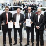 Prof. Dr. Uwe Höft, Ralf Turge (Bundesministerium für Verkehr und digitale Infrastruktur), Dr. Holger Schmidt (DB Cargo), Gerhard Runkel (VTG), Martin Koch (VTG), Moderatorin Manuela Stamm. Foto: Deutsche Messe AG